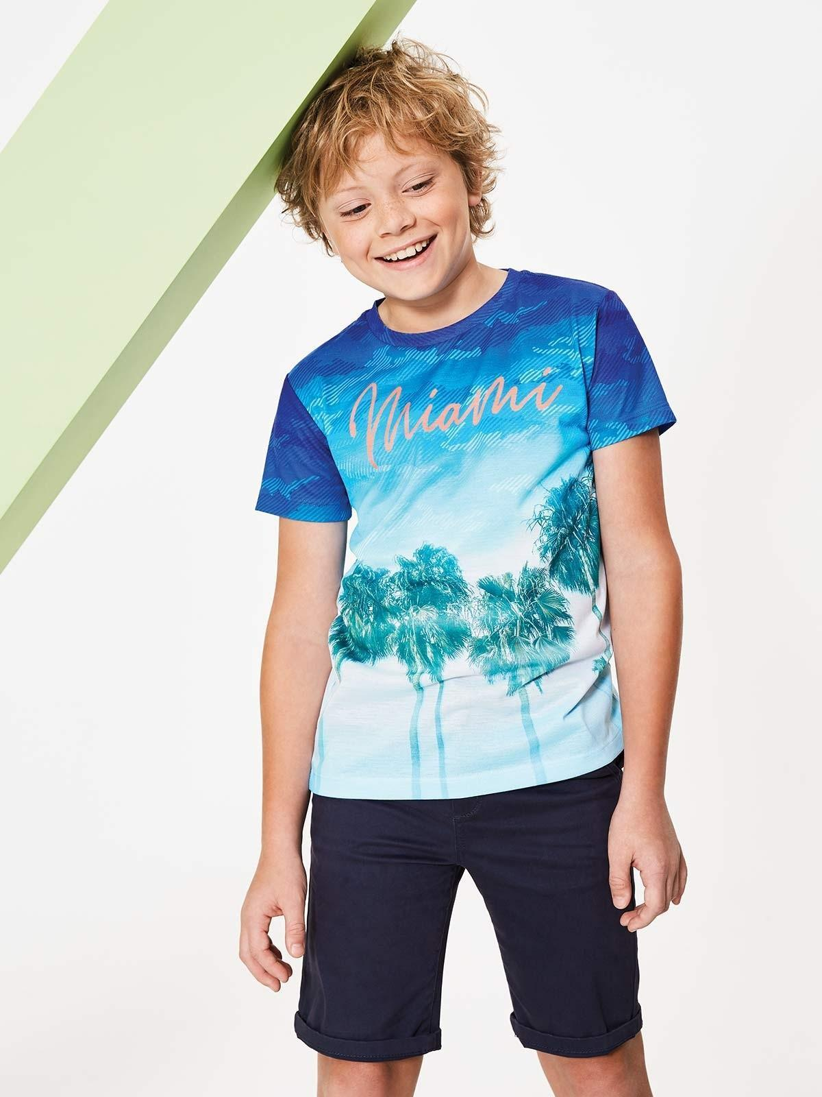 You can't go wrong with a palm tree print; this boy's t-shirt oozes cool both on and off the beach.