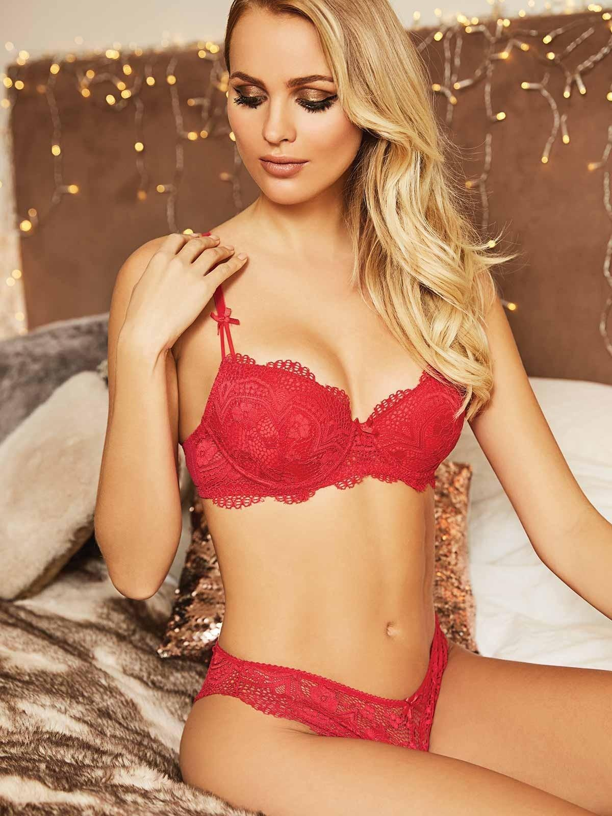 Why you should feel proud to wear sexy lingerie on Valentine's Day 2019.