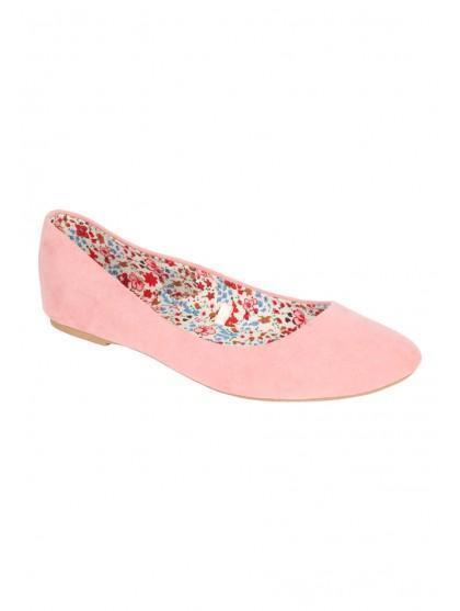 Womens Basic Almond Toe Shoe